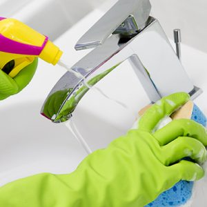 cleaning-cleaning-bathroom-1